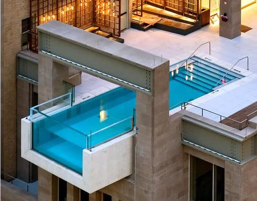 Glasscor intalacion acuarios piscinas vidrio acuario for Costo de una alberca en casa